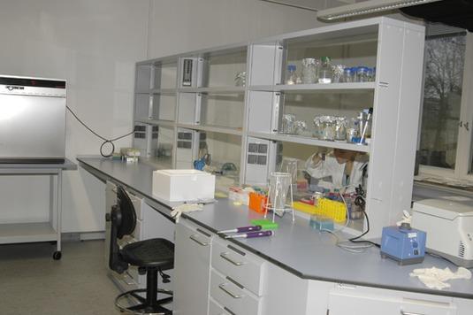 Mehrzweck- und Geomikrobiologisches Labor